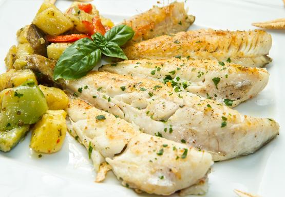 דג אמנון בתנור עם עשבי תיבול